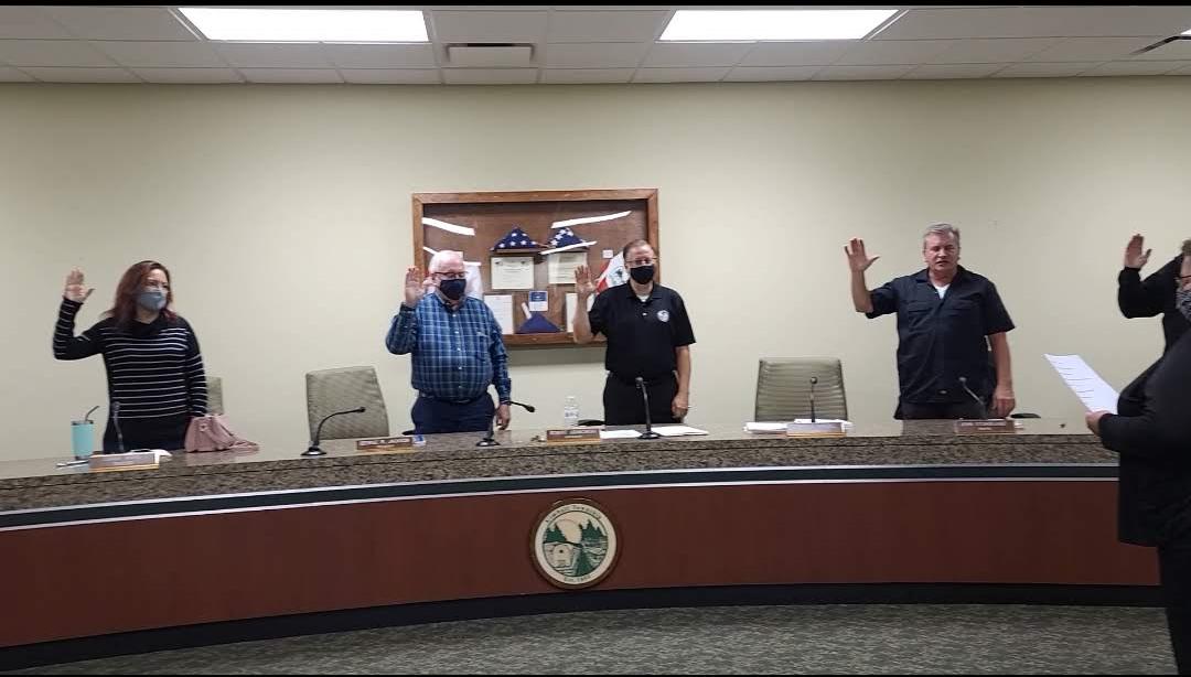 Board of Trustees swearing into office